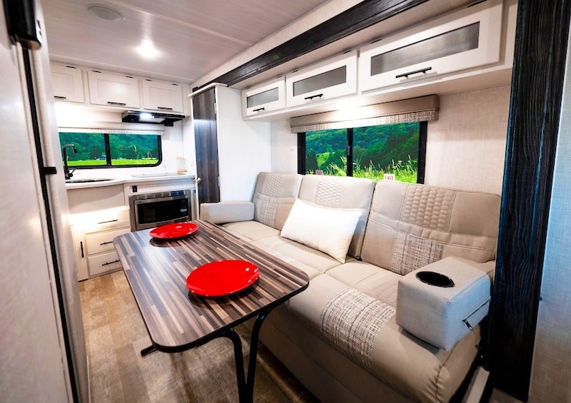 R pod 196 travel trailer under 4000 lbs