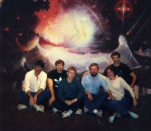 Ingo Swann with CRV students, May 1984 (courtesy, Charlene Shufelt) This was the group that contributed to the remote viewing manual