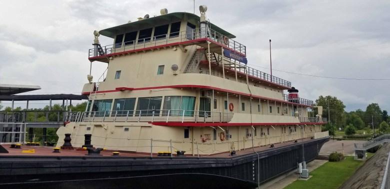 Motor Vessel Mississippi IV in Vicksburg