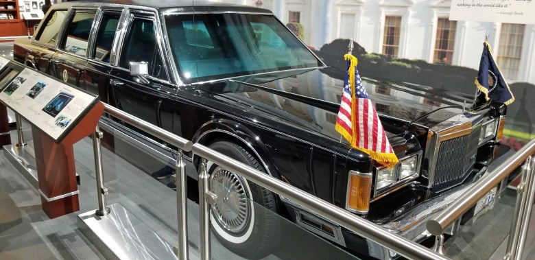 Bush 41 Presidential Limo