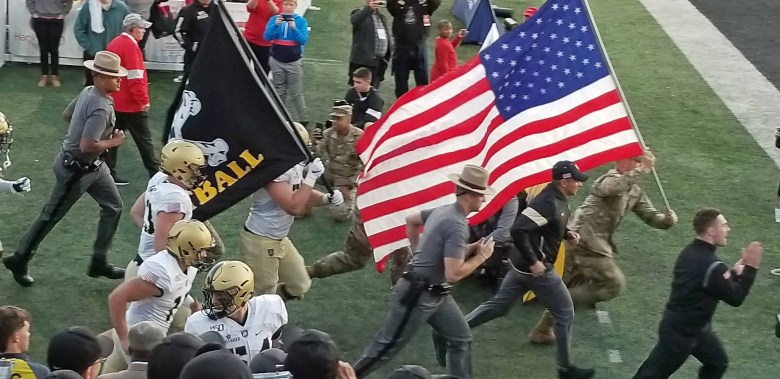 Army West Point taking the field to face Western Kentucky.