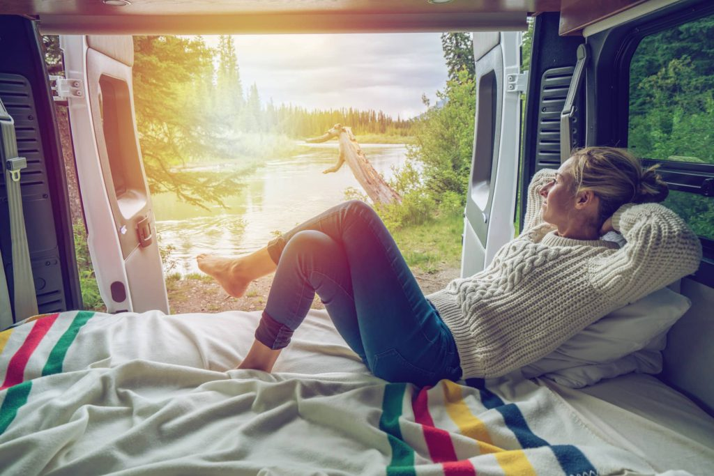 The Main Differences Between RV Resorts & RV Campgrounds 2000-cm