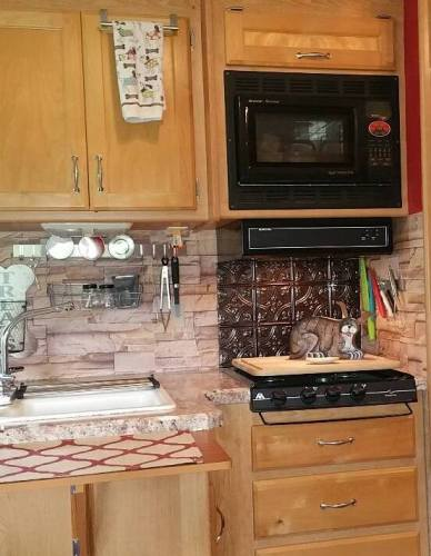 faux stone wallpaper backsplash