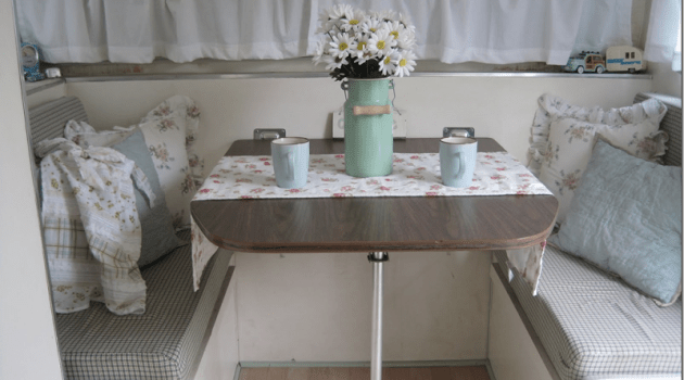 RV Dining Booth Makeover Ideas