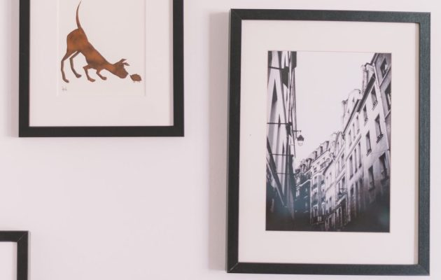 Learn how to hang wall decor and pictures with little to no damage to the wall of your apartment, rental home, camper, motorhome, or travel trailer.