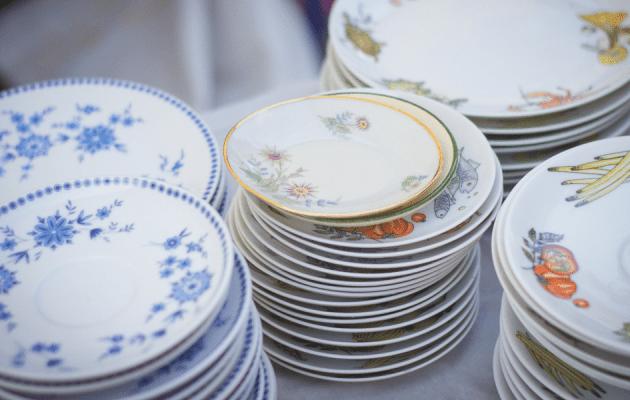 China Dishes by Jasmin Schreiber on Unsplash