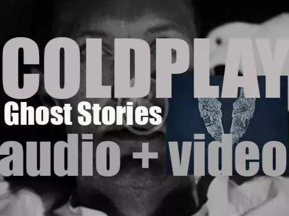 Parlophone publish Coldplay's sixth album : 'Ghost Stories' (2014)