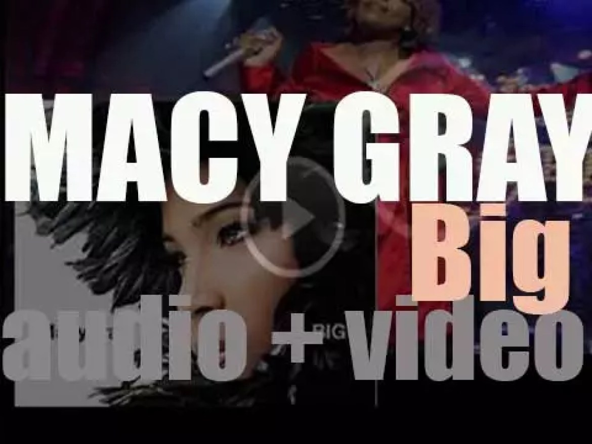 Geffen release Macy Gray's fouth album :  'Big' featuring Natalie Cole and Justin Timberlake among other guests (2007)
