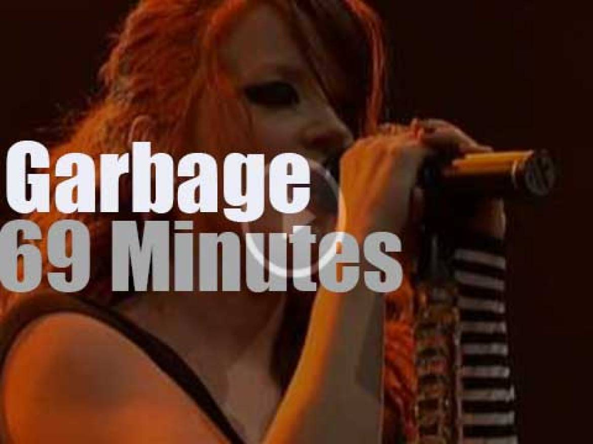 "Garbage's ""Bleed Like Me Tour"" is in Cologne (2005)"
