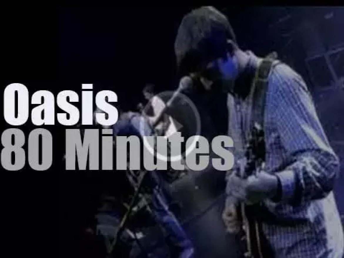 """Oasis is """"Live By The Sea"""" in England (1995)"""