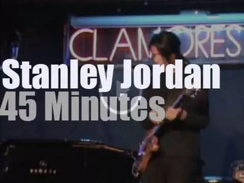 Stanley Jordan plays in Madrid (2015)