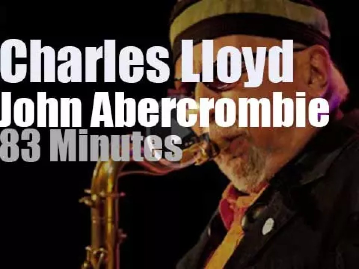 """Charles Lloyd & John Abercrombie get together at """"JazzBaltica"""" (2000)"""