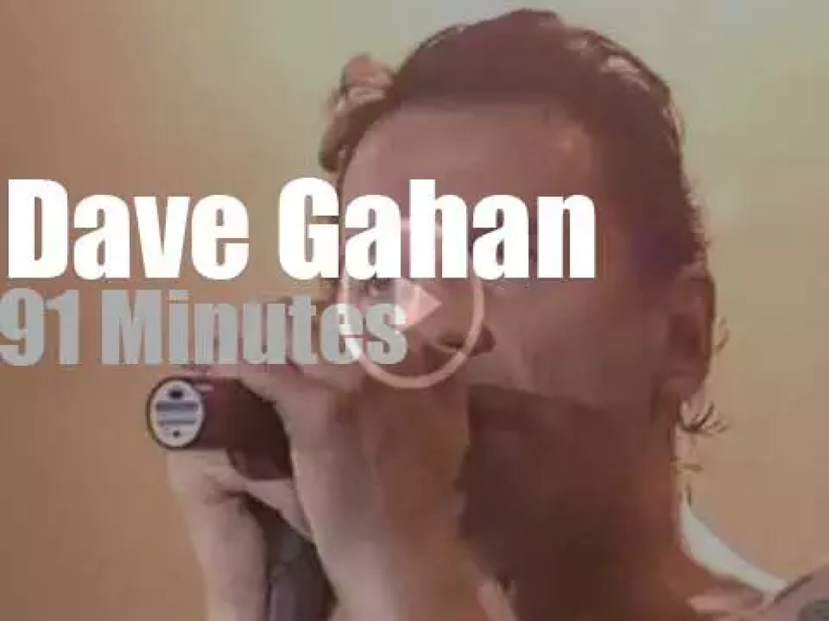 Dave Gahan is alone at Rock am Ring (2003)