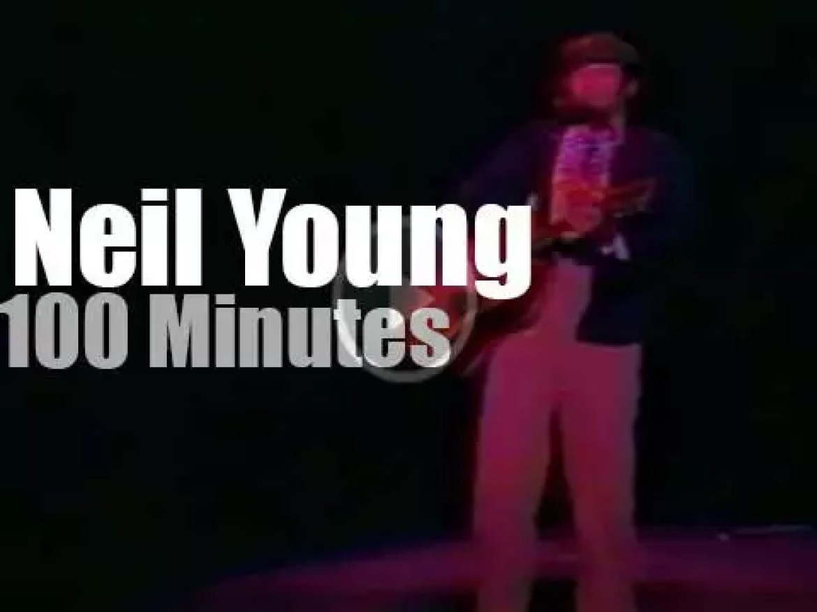 Neil Young plays solo till Bruce walks in (1989)