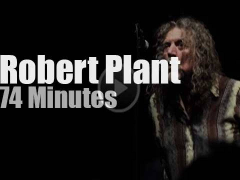 Robert Plant  sings in Estonia (2014)