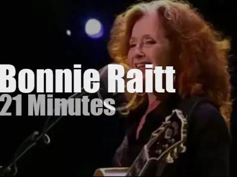 Bonnie Raitt plays and sings at North Sea Jazz (2013)