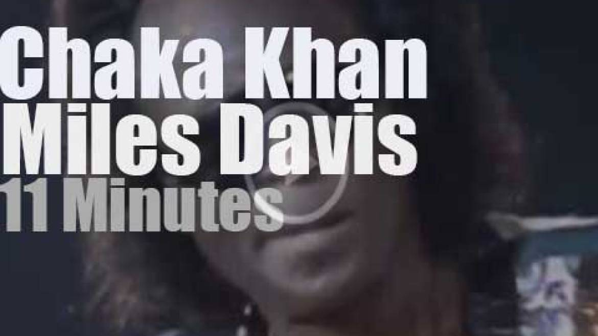 Chaka Khan sits in with Miles Davis (1979)