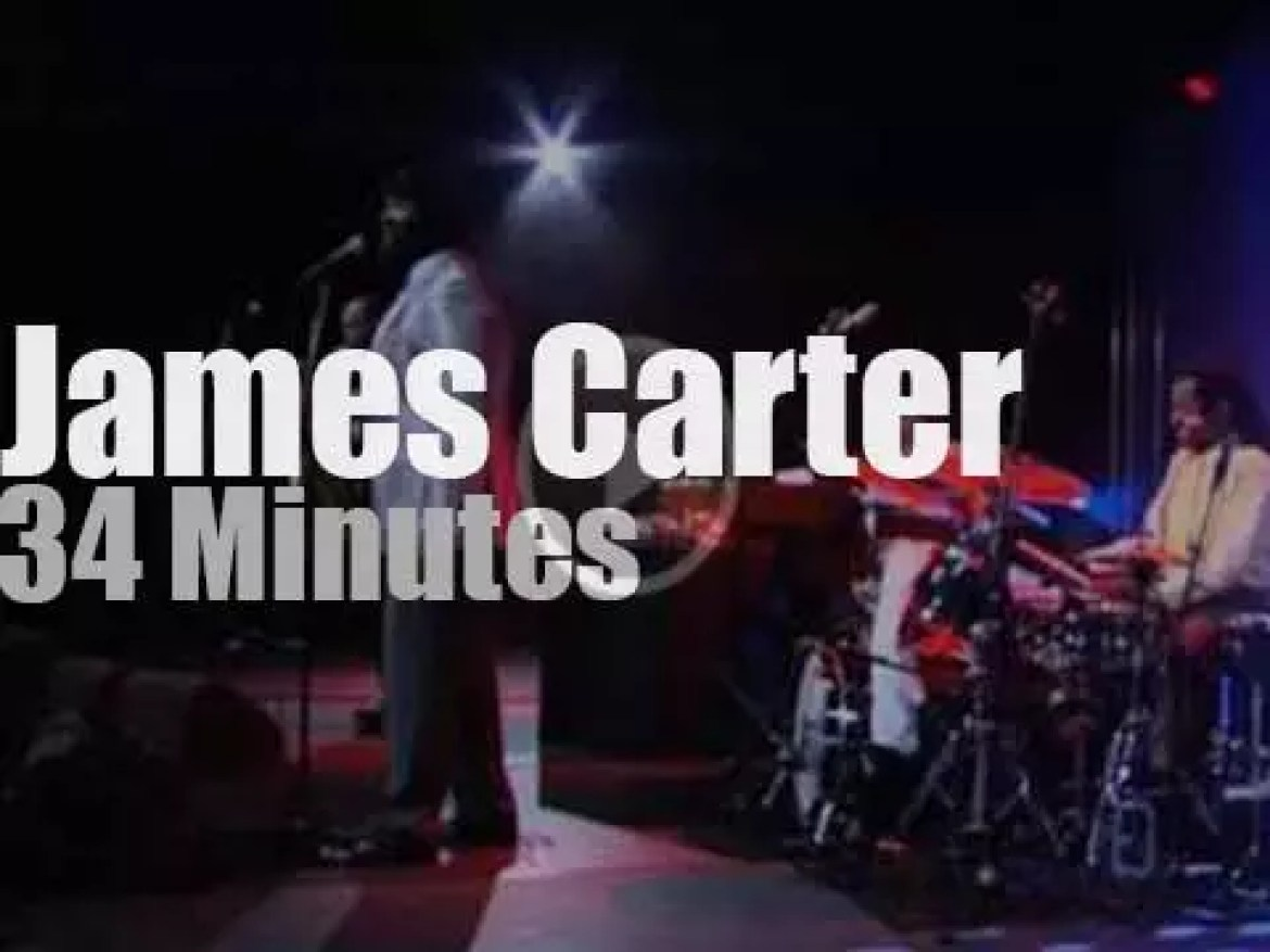 Gregory Porter  sits in with James Carter Organ Trio (2012)