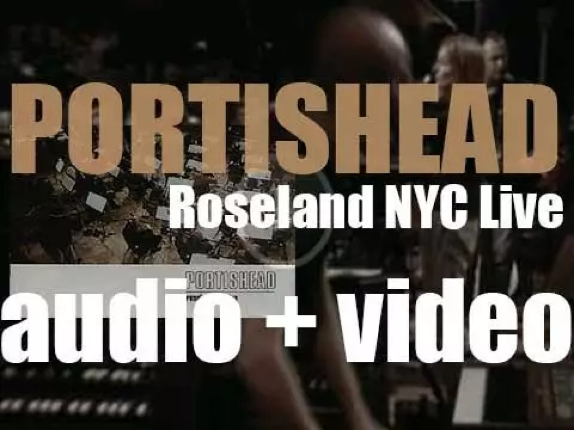Portishead record 'Roseland NYC Live' in New-York City (1998)