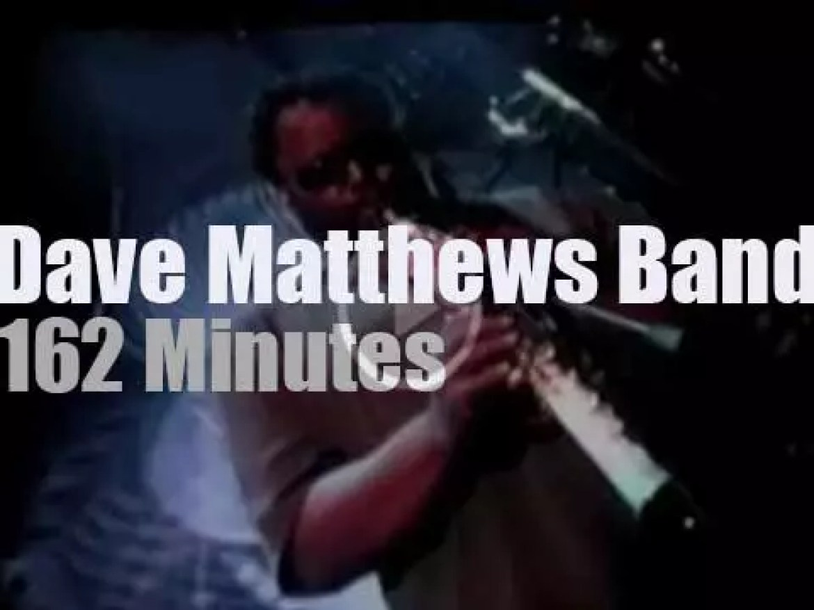 Dave Matthews Band is in California (2000)