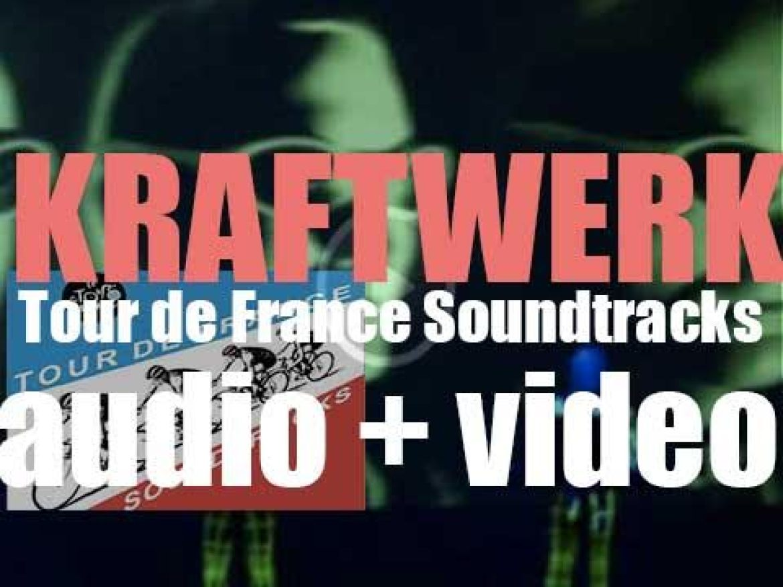 Kraftwerk release their tenth studio album : 'Tour de France Soundtracks' (2003)