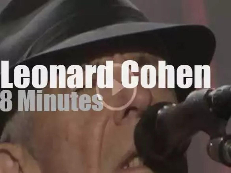 Leonard Cohen entertains  Manchester (2013)