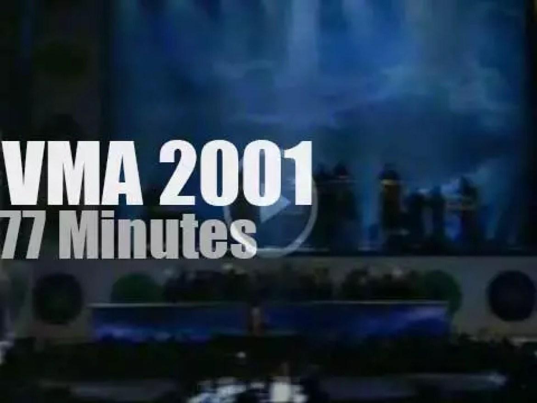 On TV today, Alicia Keys, Jennifer Lopez & U2 (2001)