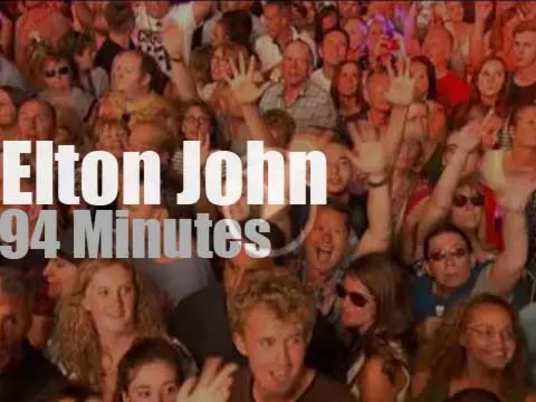 Elton John serenades Hyde Park (2016)
