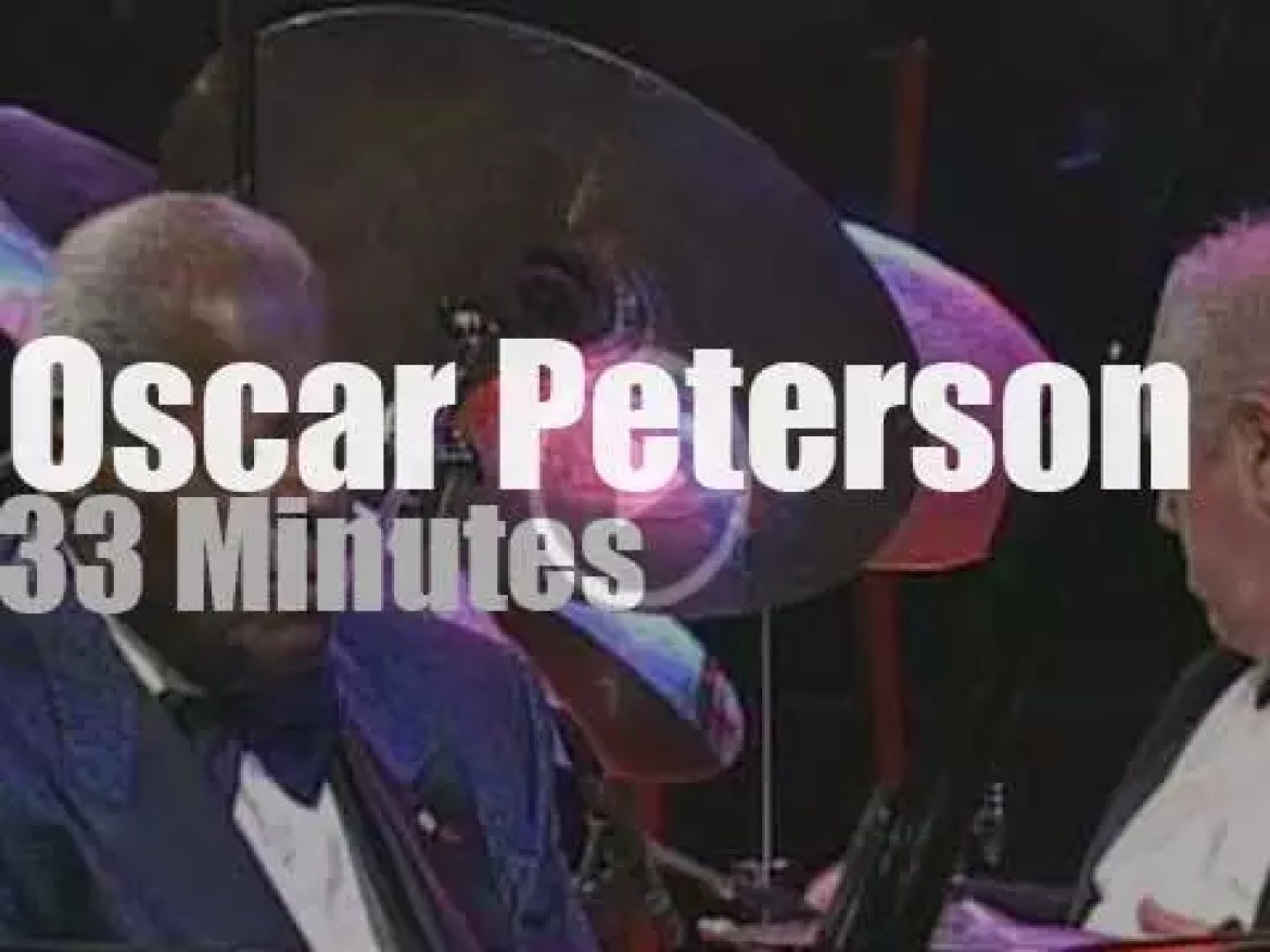 Oscar Peterson spends 'A Night In Vienna'  (2004)