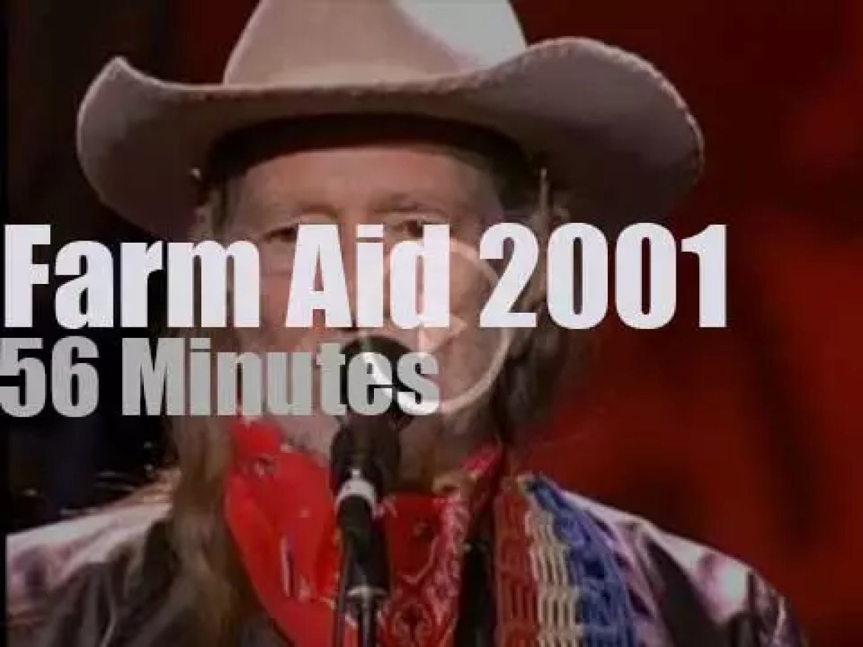 Willie, Martina, Neil et al attend  'Farm Aid' (2001)