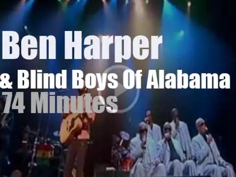 Ben Harper takes the Blind Boys Of Alabama to the Apollo (2004)