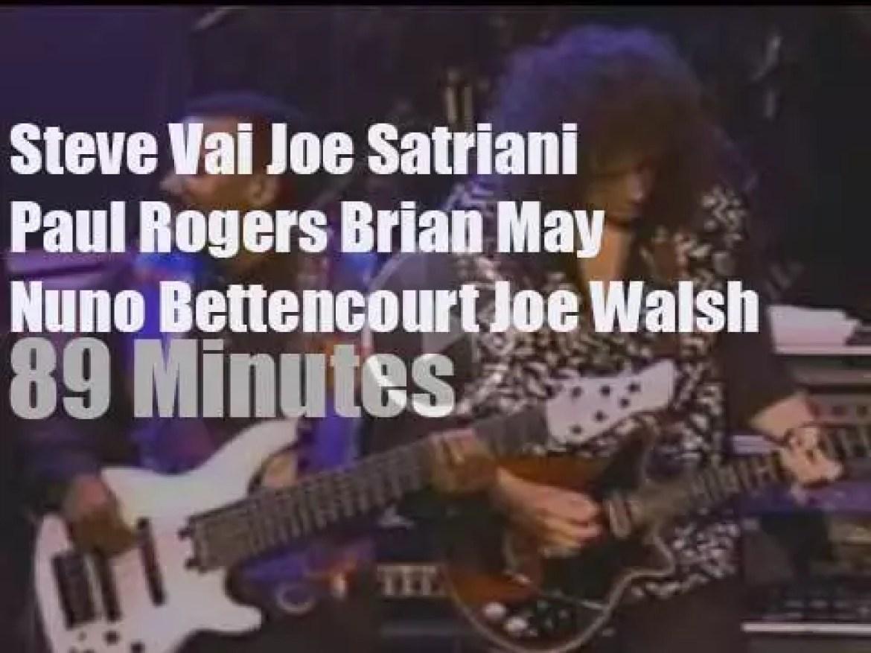 Steve Vai, Joe Satriani, Brian May et al meet in Sevilla (1991)