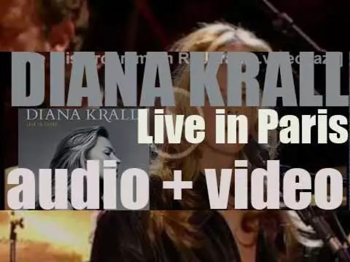 Diana Krall starts the recording of her first live album : 'Live in Paris' (2001)