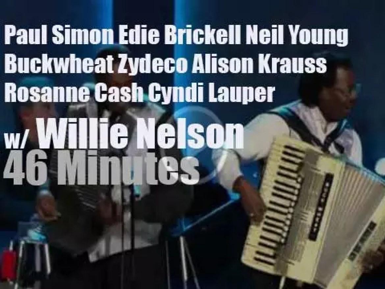 Paul, Neil, Alison et al pay tribute to Willie Nelson (2015)