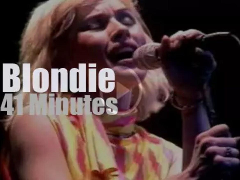 Blondie travel to Glasgow (1979)