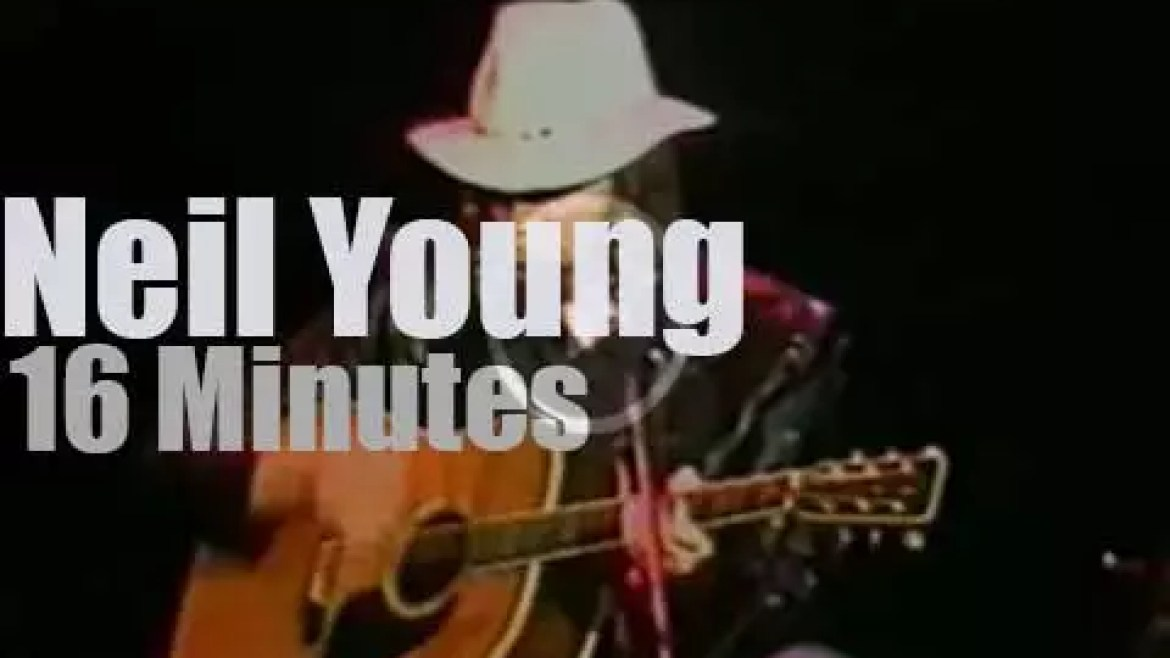 Neil Young  plays for a school (1980)