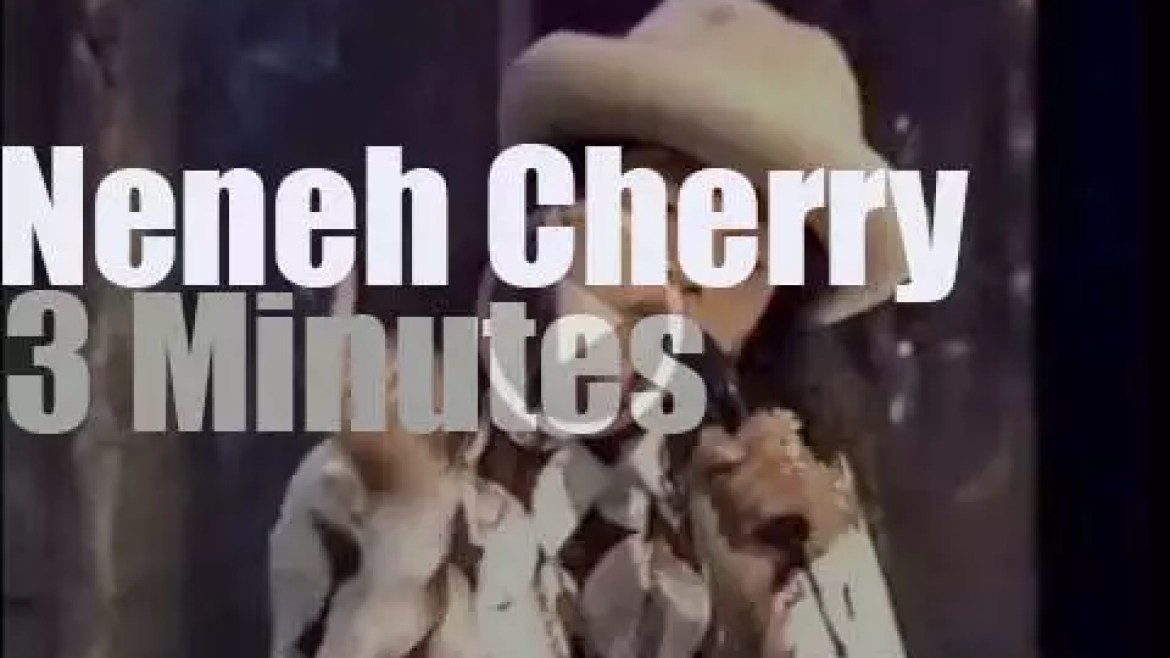 On TV today, Neneh Cherry at 'TOTP' (1989)