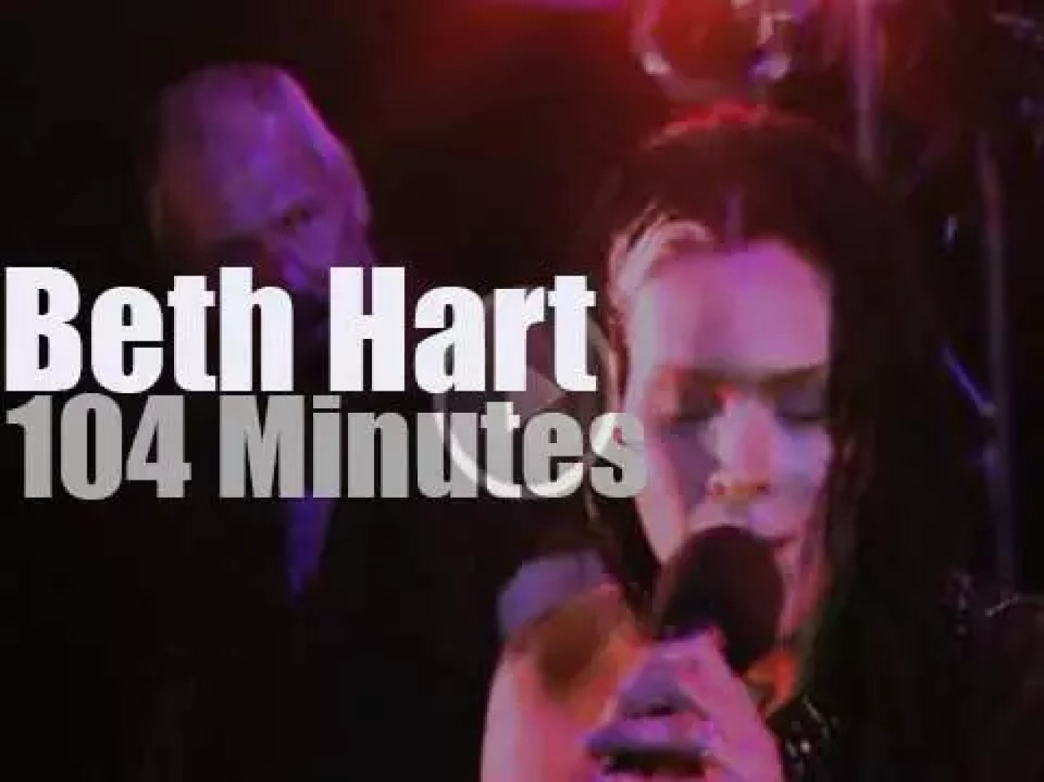 Beth Hart is smoking (literally and not) in LA (2011)