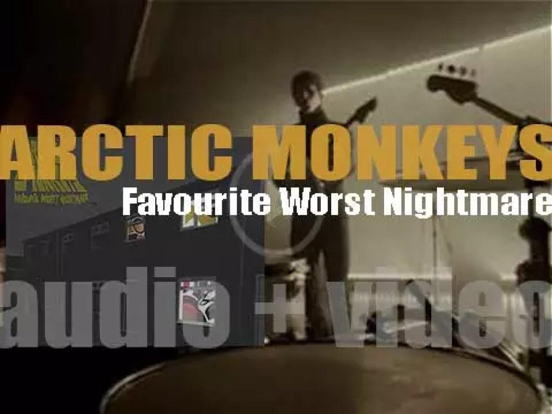 Domino publish Arctic Monkeys' 'Favourite Worst Nightmare,' their second album (2007)
