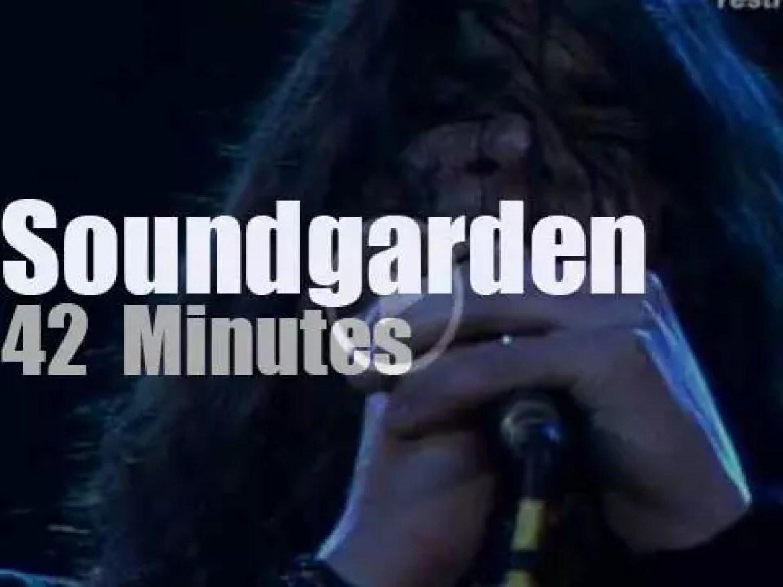 Soundgarden attend a German festival(1990)