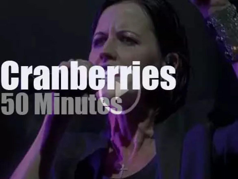 The Cranberries  perform in Paris (2017)
