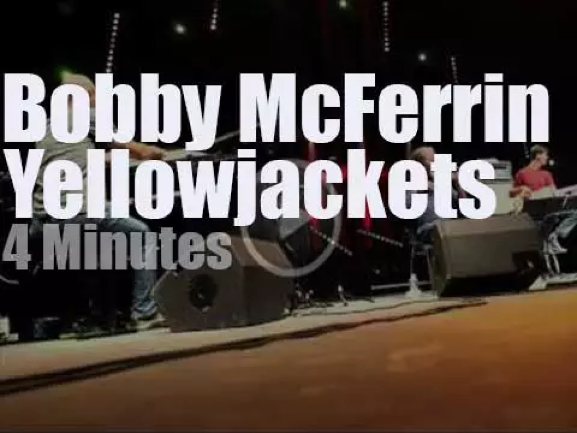 Bobby McFerrin sits in with The Yellowjackets (2012)