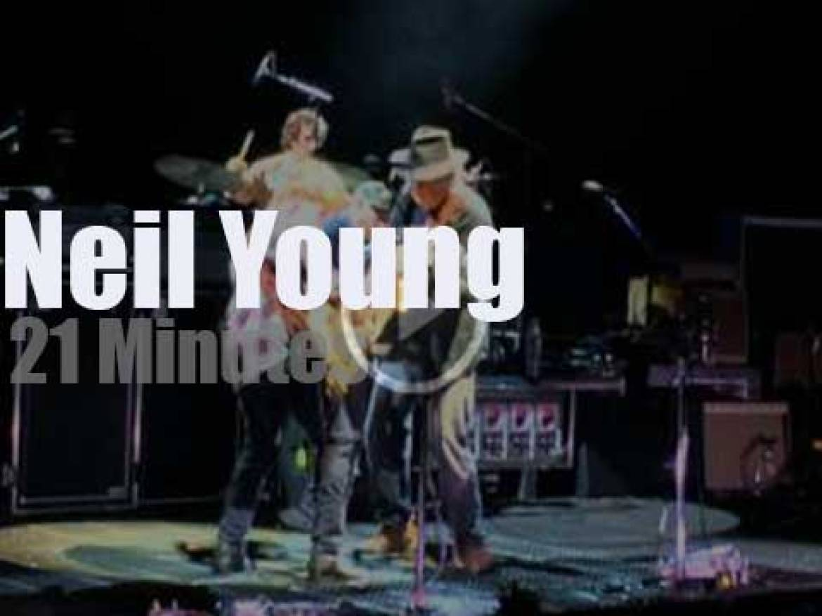 Neil Young takes Promise of the Real to Red Rocks (2015)