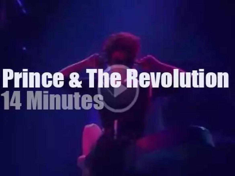 Prince brings the Revolution in Paris (1986)