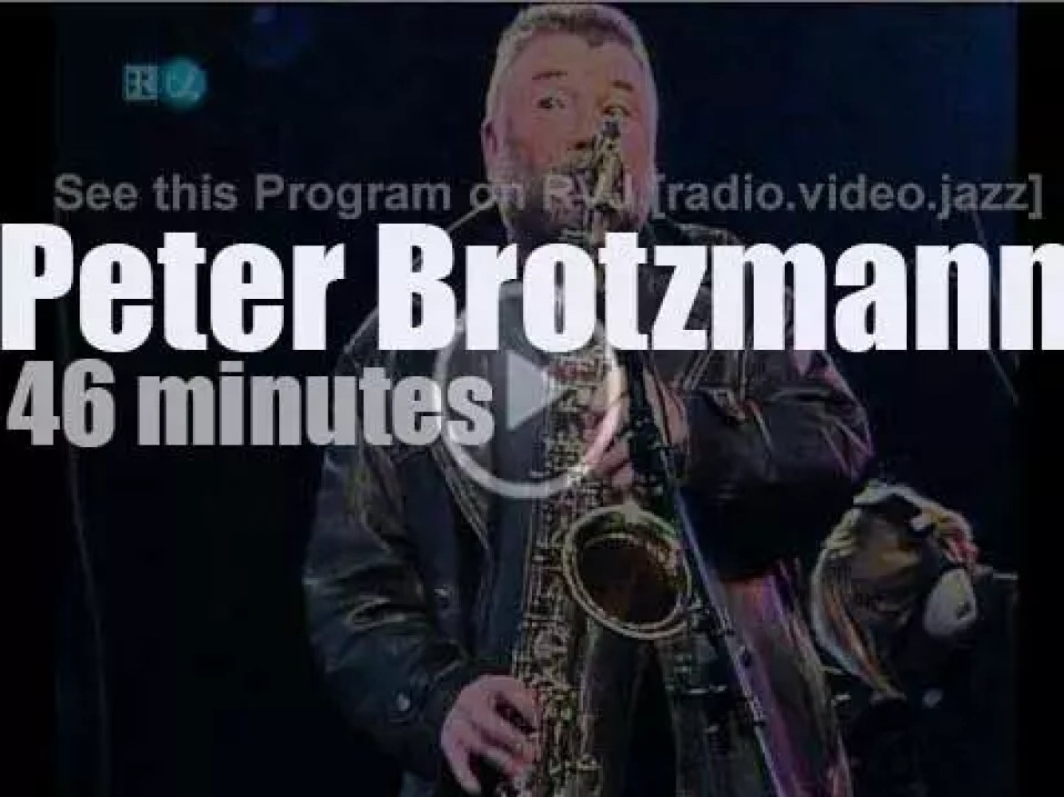 Peter Brotzmann and colleagues free jam in Berlin (1995)