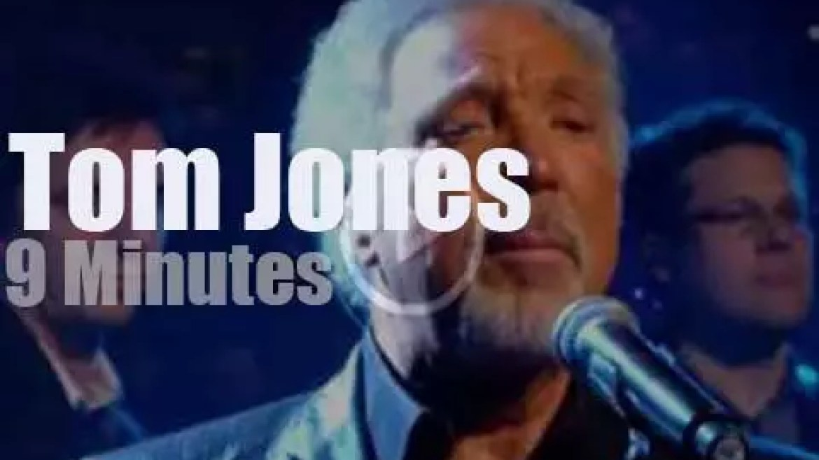 On English TV today, Tom Jones at 'Jools Annual Hootenanny' (2009)