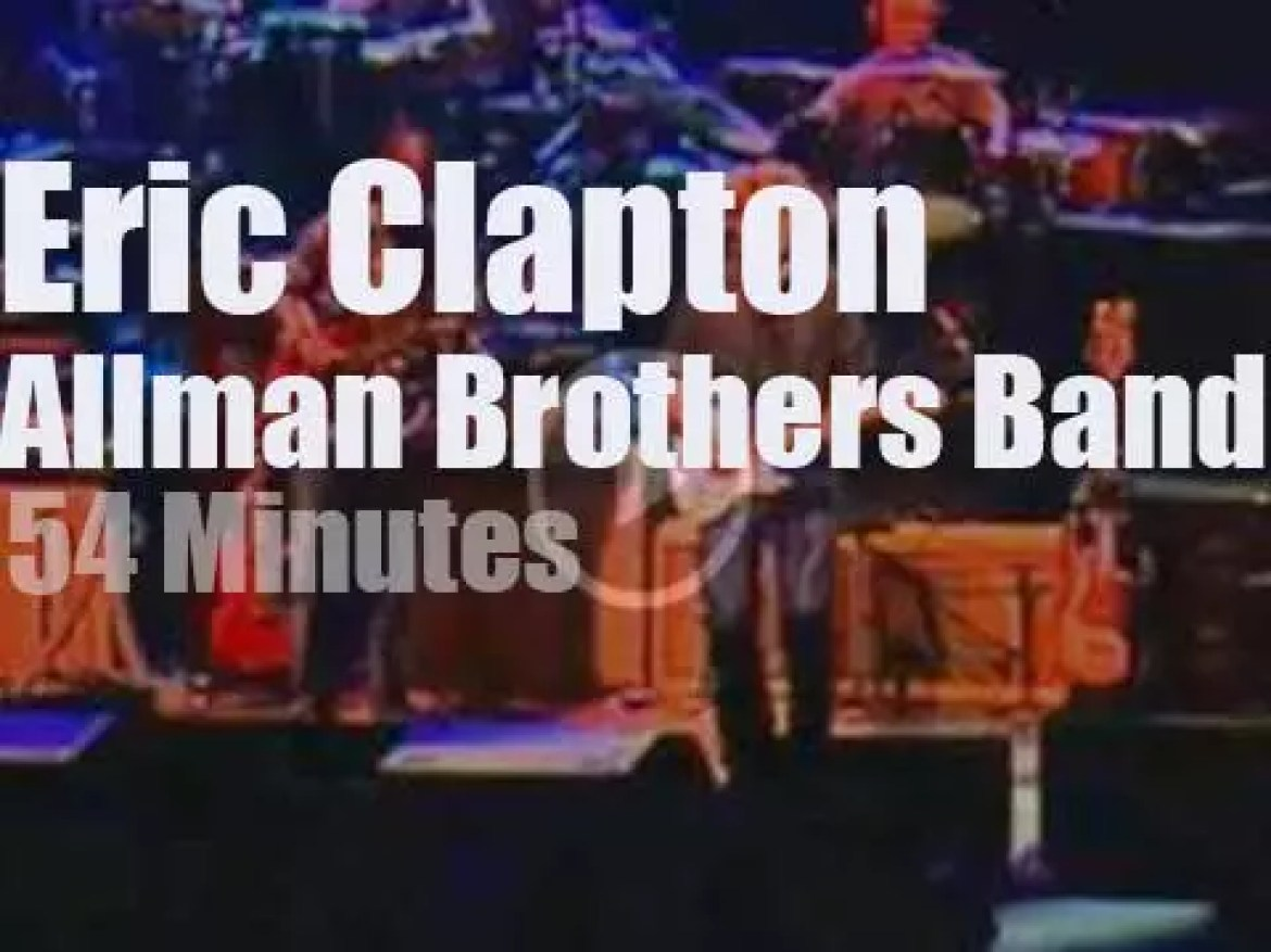 Eric Clapton, Susan Tedeschi et al sit in with the Allman Brothers Band (2009)