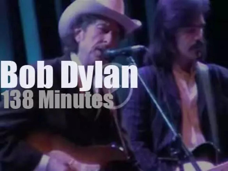 Bob Dylan stops in Brighton, England (2002 )