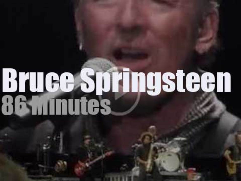 Bruce Springsteen kills it in Berlin (2016)