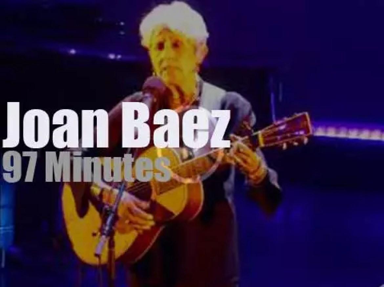 Joan Baez sings farwell in Paris (2018)